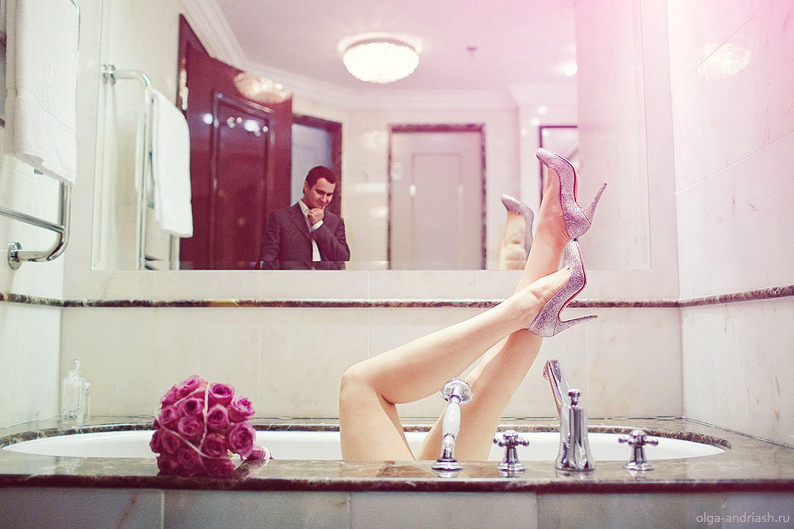 Шикрный секс в ванной комнате 5 фотография