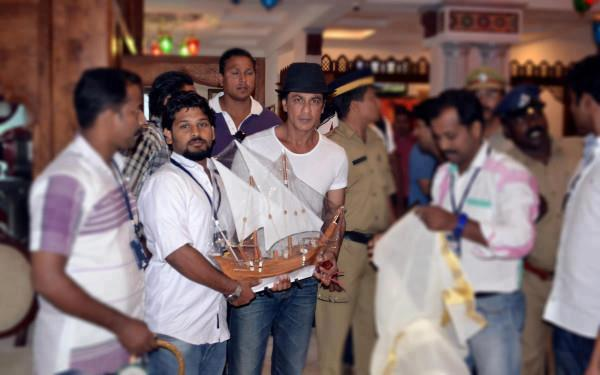 Chennai Express - Страница 4 Cb07c538705c9de22620d42d7bdec0d3