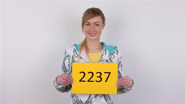 [CzechCasting.com/Czechav.com] Radka - 2237 (2013) [HD 720p]