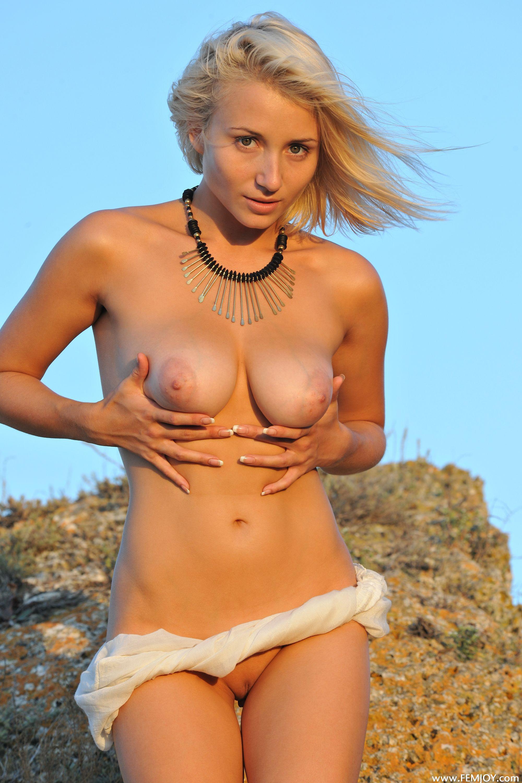 http://i5.imageban.ru/out/2013/11/13/1c4dbd08e3c2583f1feb856c1b557760.jpg