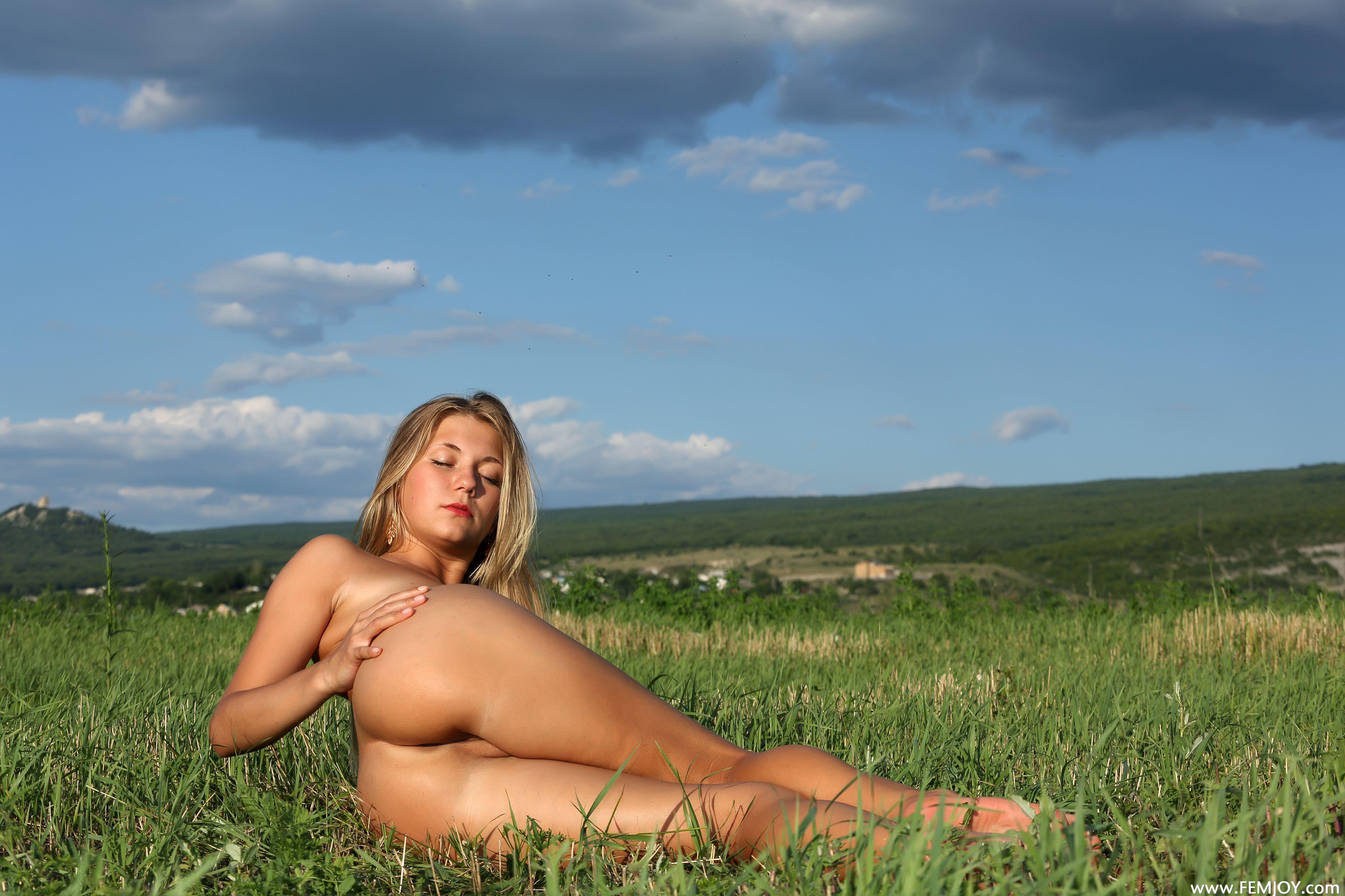 http://i5.imageban.ru/out/2013/11/13/2e51696cc12ac6b49610c056aa84932e.jpg