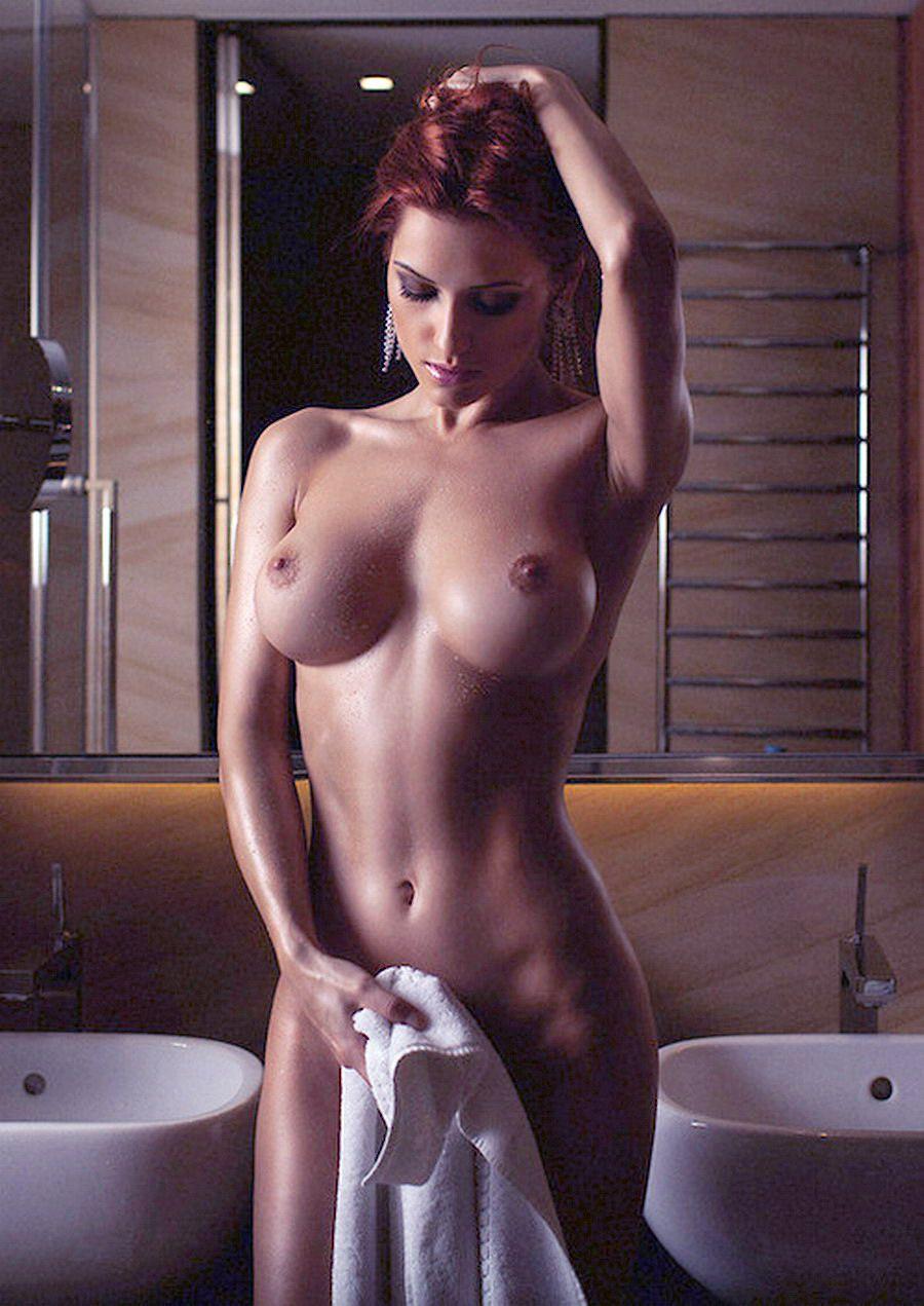Фото голых девушек с подробностями 19 фотография