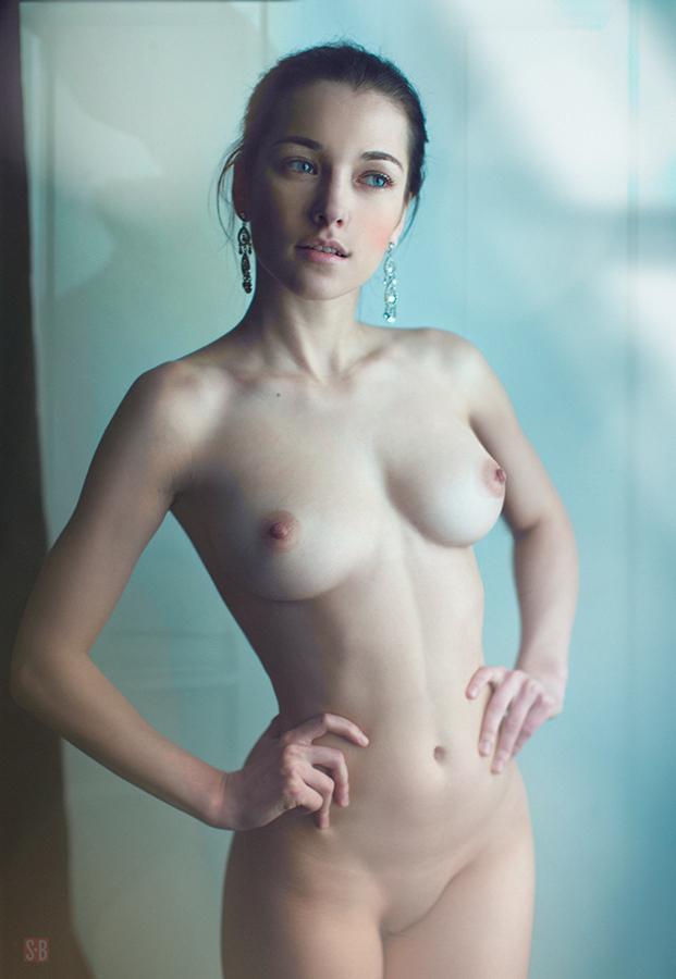 фото естественных голых девушек