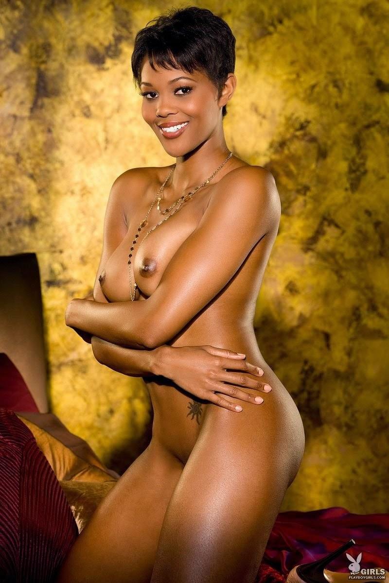 girls-having-yvette-nude-model