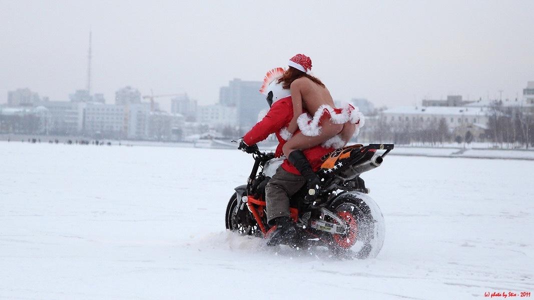 На мотоцикле в новый год 1