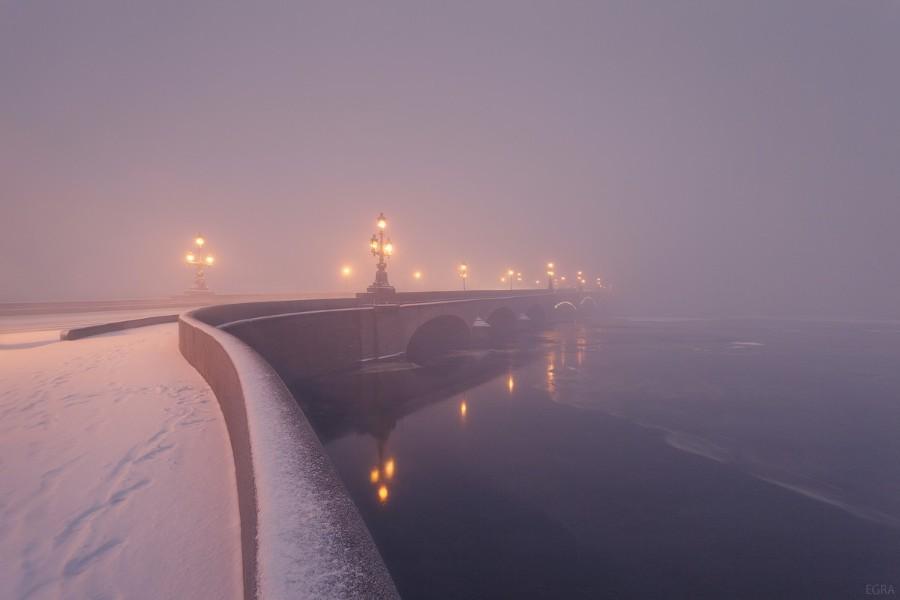 Зимний пейзаж с туманом