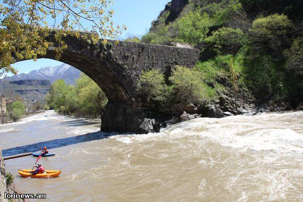 Ալկոհոլի ազդեցության տակ գտնվող քաղաքացին ընկել է Դեբետ գետը