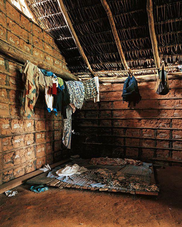 В каких условиях спят дети в разных уголках планеты