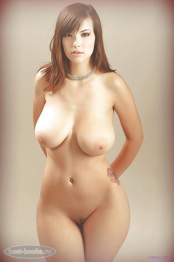 большие голие сисики фото