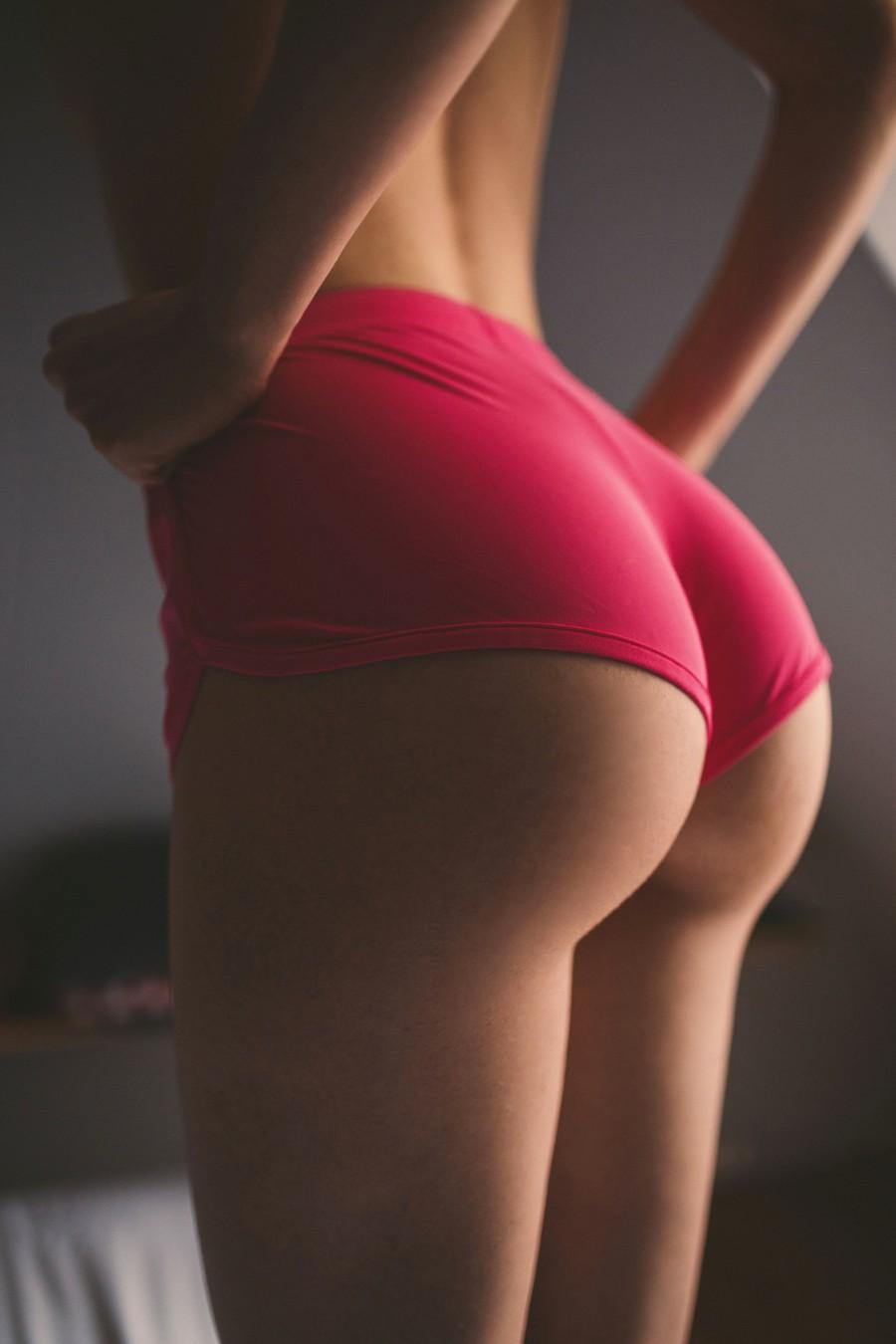 порно огромная попа фото