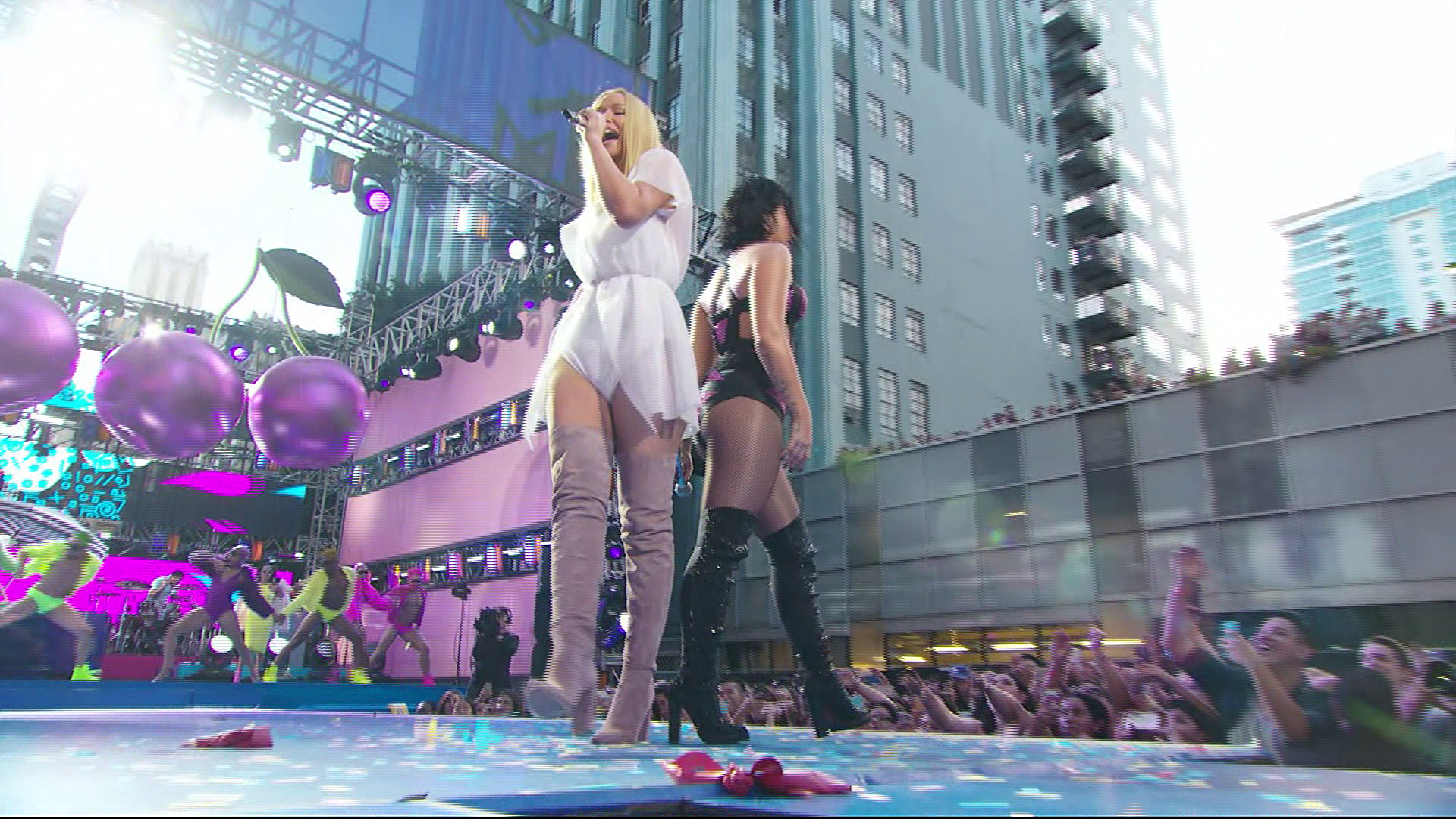 MTV Video Music Awards 2015 | HDTVRip 1080p