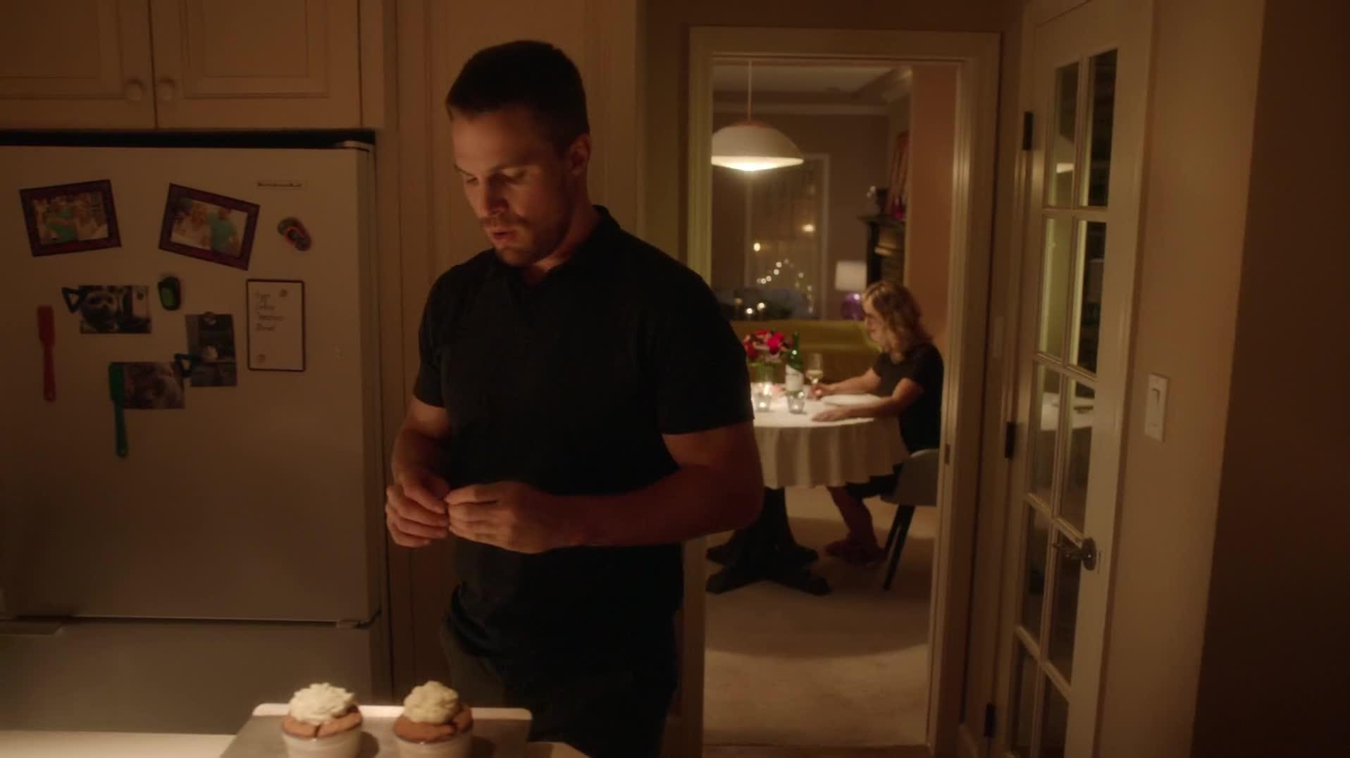 Стрела (4 сезон: 1-23 серии из 23) (2015) WEB-DLRip 1080p | LostFilm