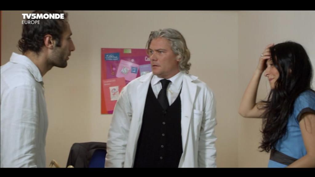 [apreder]MM_Le_gynecologue_et_son_interprete(2014)DVB-0-21-04-456.png