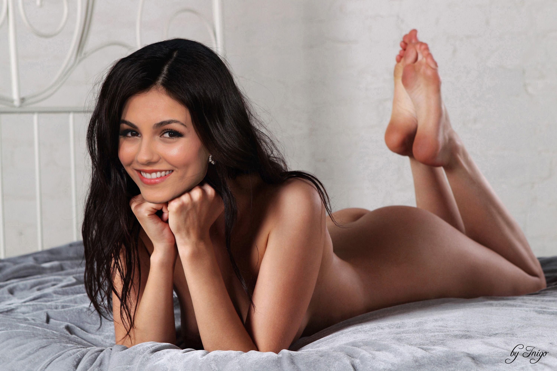 Селена гомес интимное фото, порно широкие бедра зрелых фото