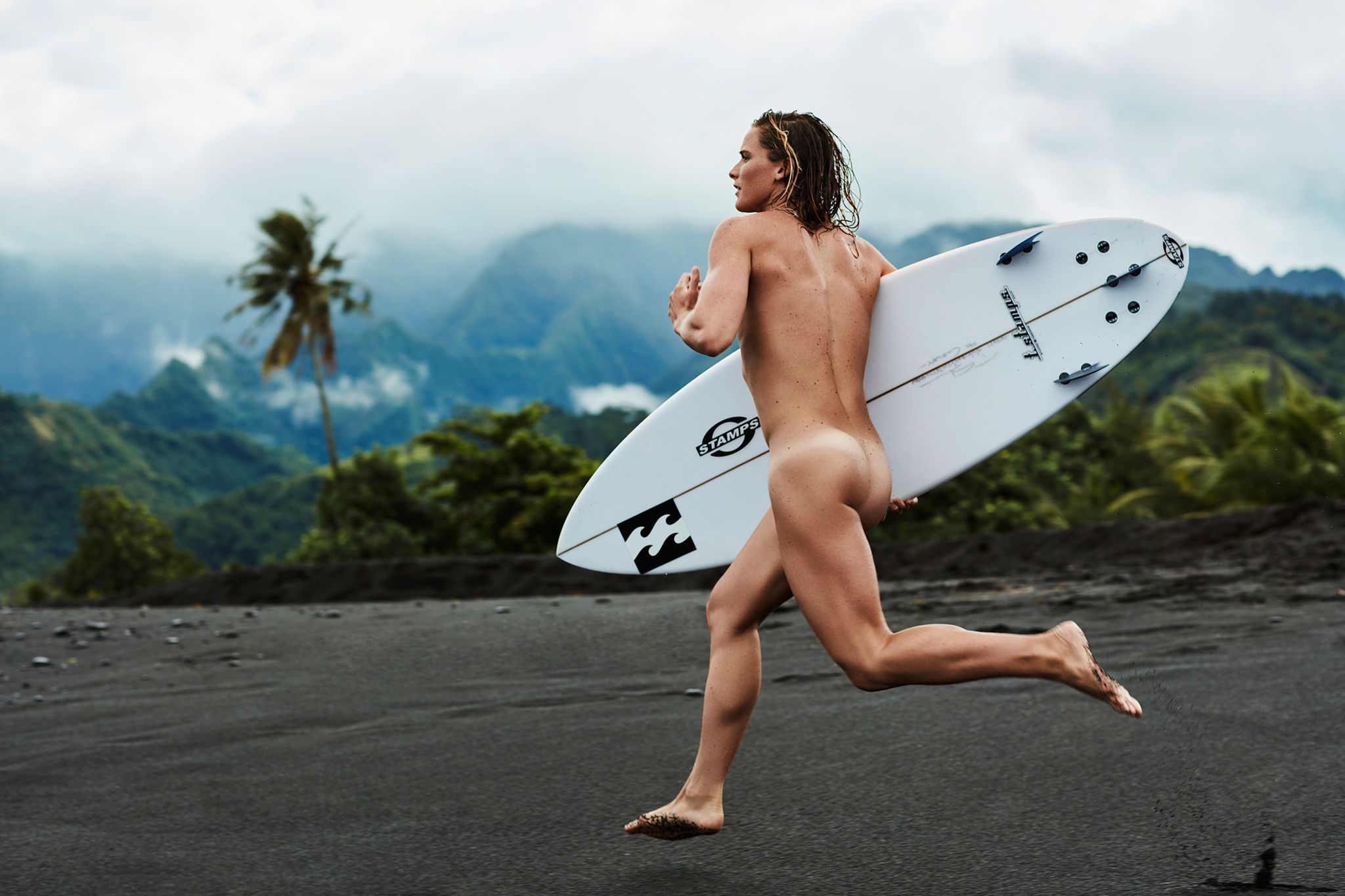 Nude outdoor sports