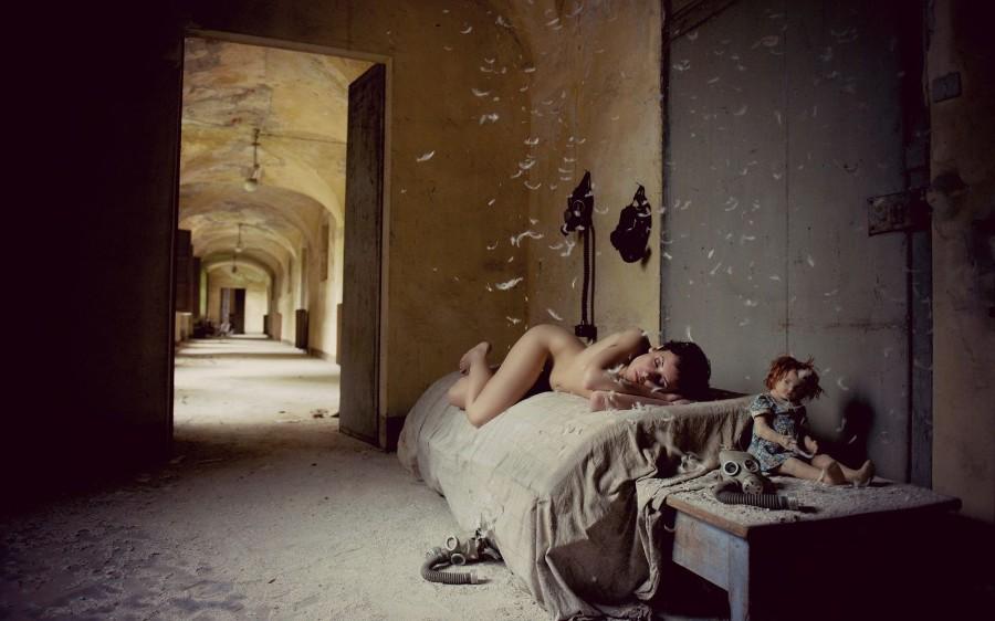 В заброшенных зданиях голые рассказ