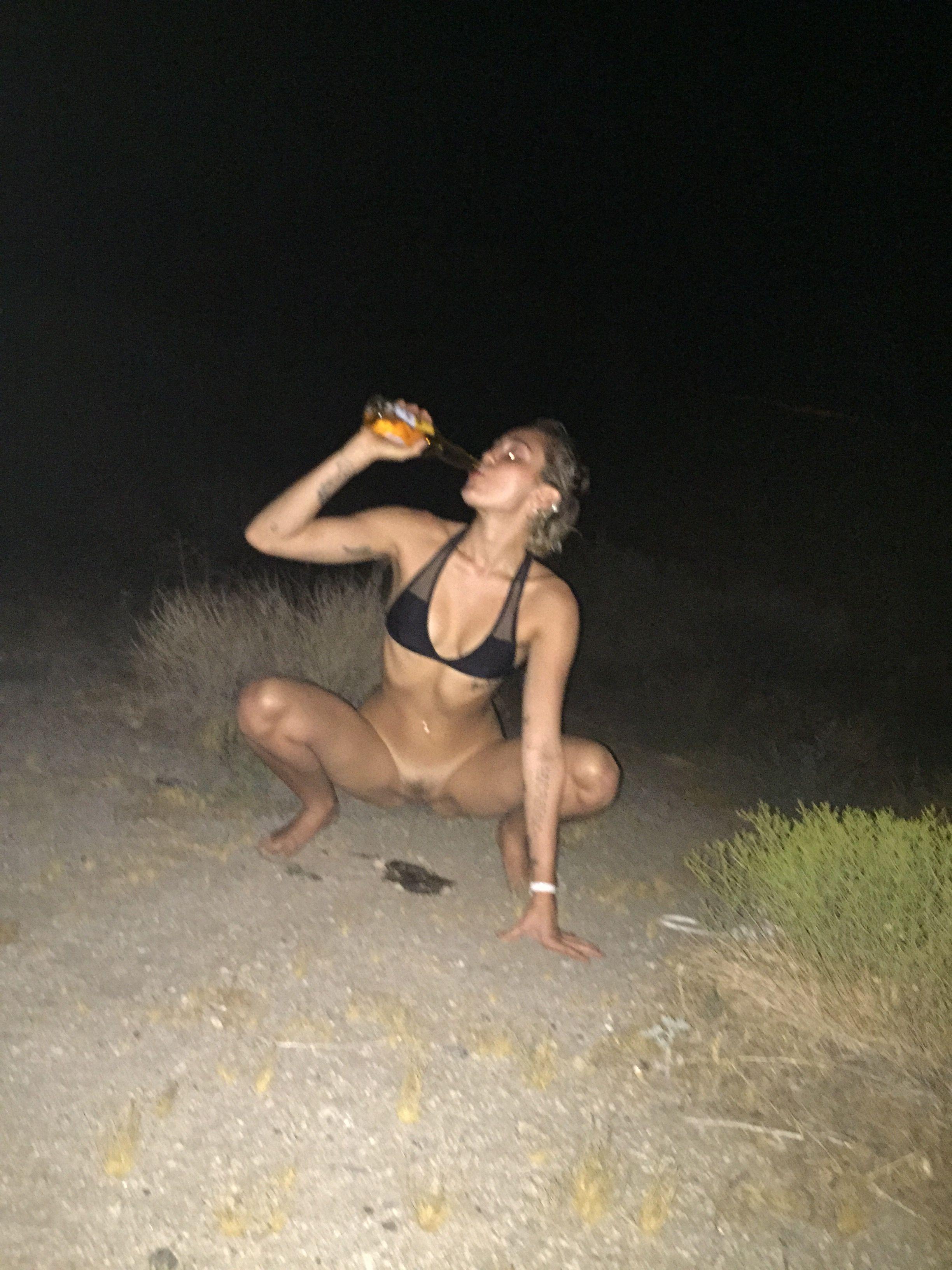 mp4 video Porn tube piss lesbian