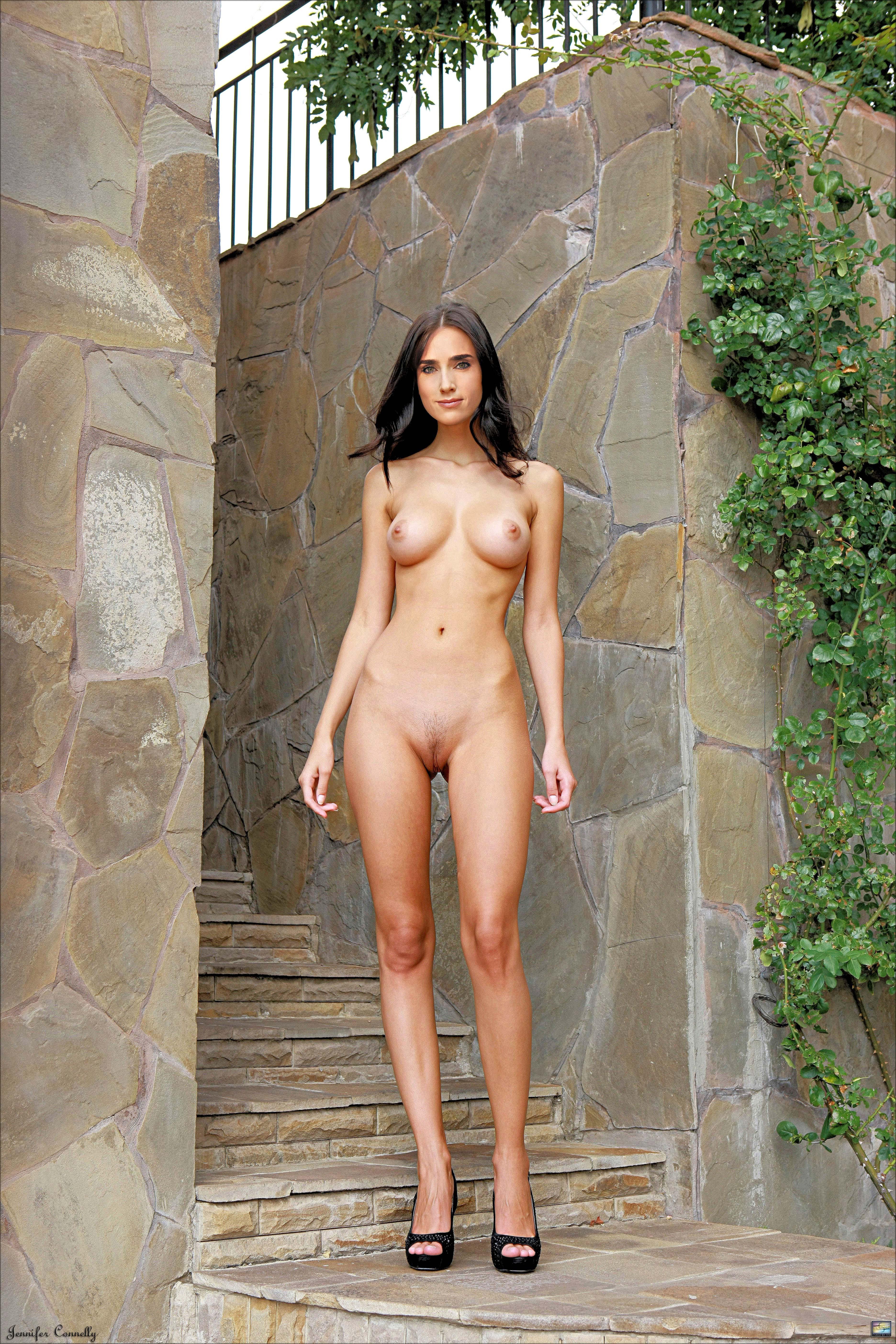 shaved-door-handeltures-woman-is-sexy