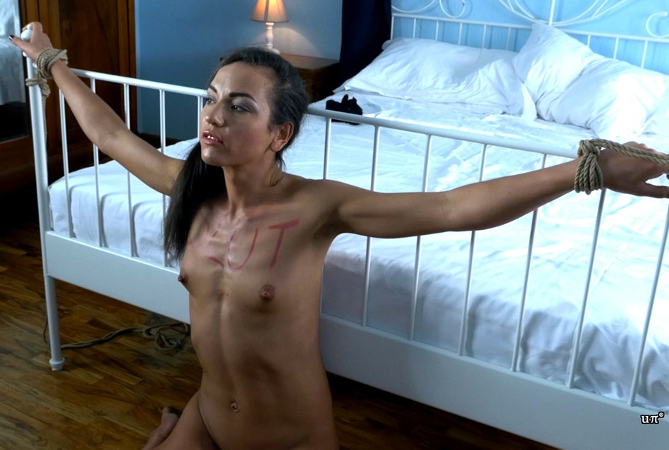 [Unchained Perversions Sex And Sub / Clips4Sale.com] Nataly Gold - The Slut Throat Abuse [2017 г., Throat Fucking, Blow Jobs, Face Fucking, Swallowing/drooling, Bondage, Extreme, Girlfriend, Brutal, 2160p]