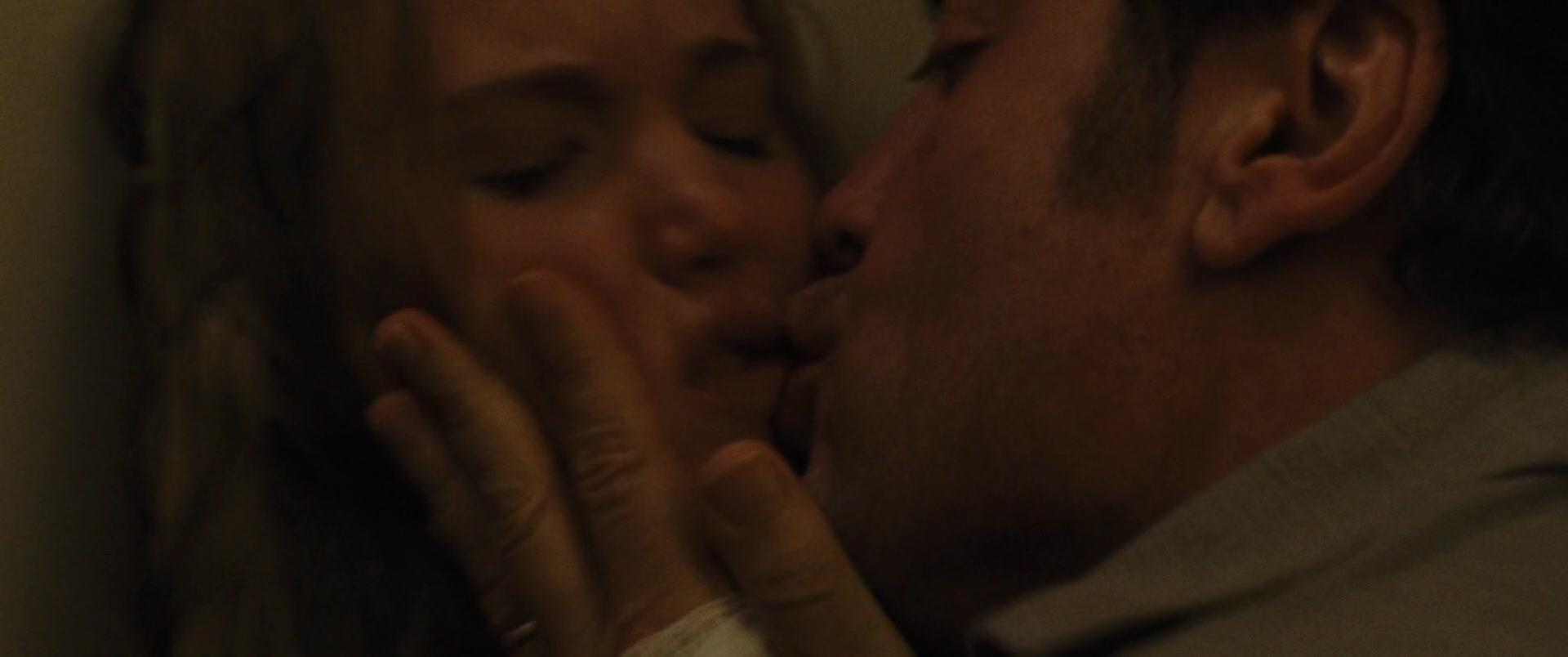 Jennifer-Lawrence-Michelle-Pfeiffer-Mother-26-thefappeningblog.com_.jpg