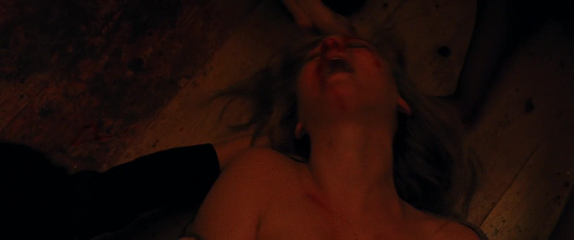 Jennifer-Lawrence-Michelle-Pfeiffer-Mother-43-thefappeningblog.com_.jpg