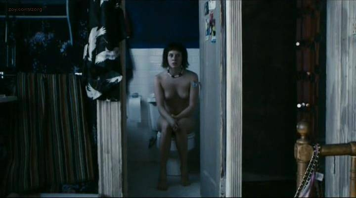 Manuela-Velles-nude-sex-and-very-nasty-Caotica-Ana-2007-0004.jpg