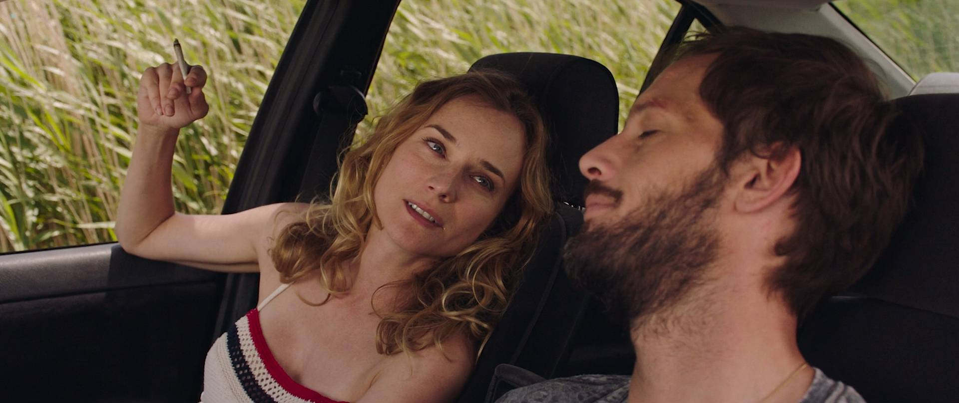 Diane-Kruger-nude-topless-and-sex-in-the-car-Tout-Nous-Separe-FR-2017-HD-1080p-BluRay-004.jpg