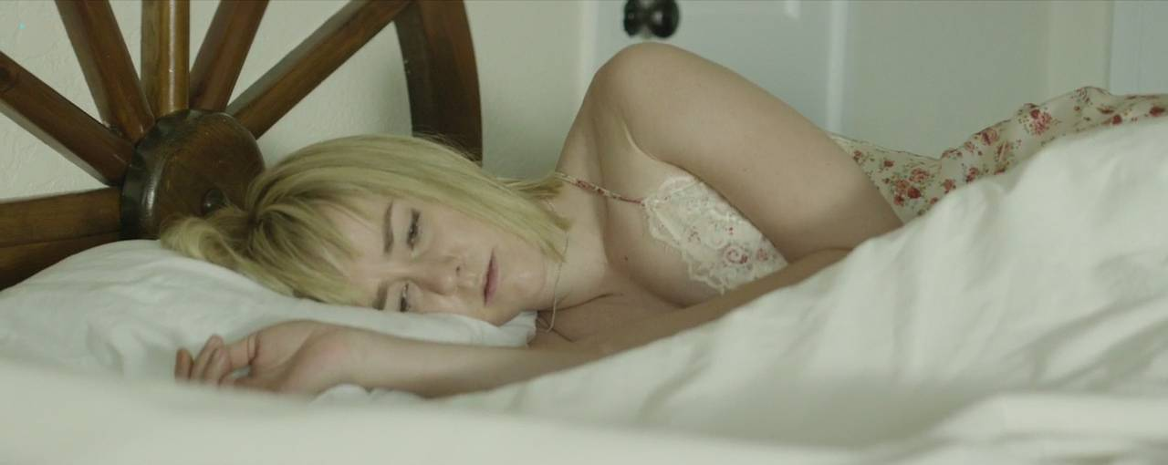 Jena-Malone-nude-brief-nipple-and-hot-Bottom-of-the-World-2017-HD-720p-WEB-DL-12.jpg
