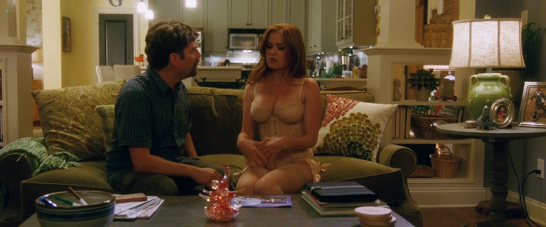 Isla-Fisher-hot-and-sexy-and-Gal-Gadot-hot-in-lingerie-Keeping-Up-with-the-Joneses-2016-HD-1080p-Web-Dl-10.jpg