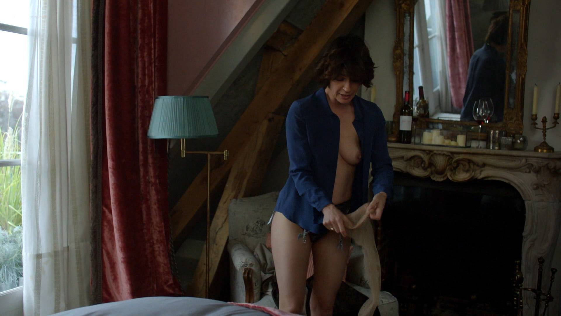 Irene-Jacob-nude-topless-and-butt-The-Affair-2017-s3e10-HD-1080p.-6.jpg