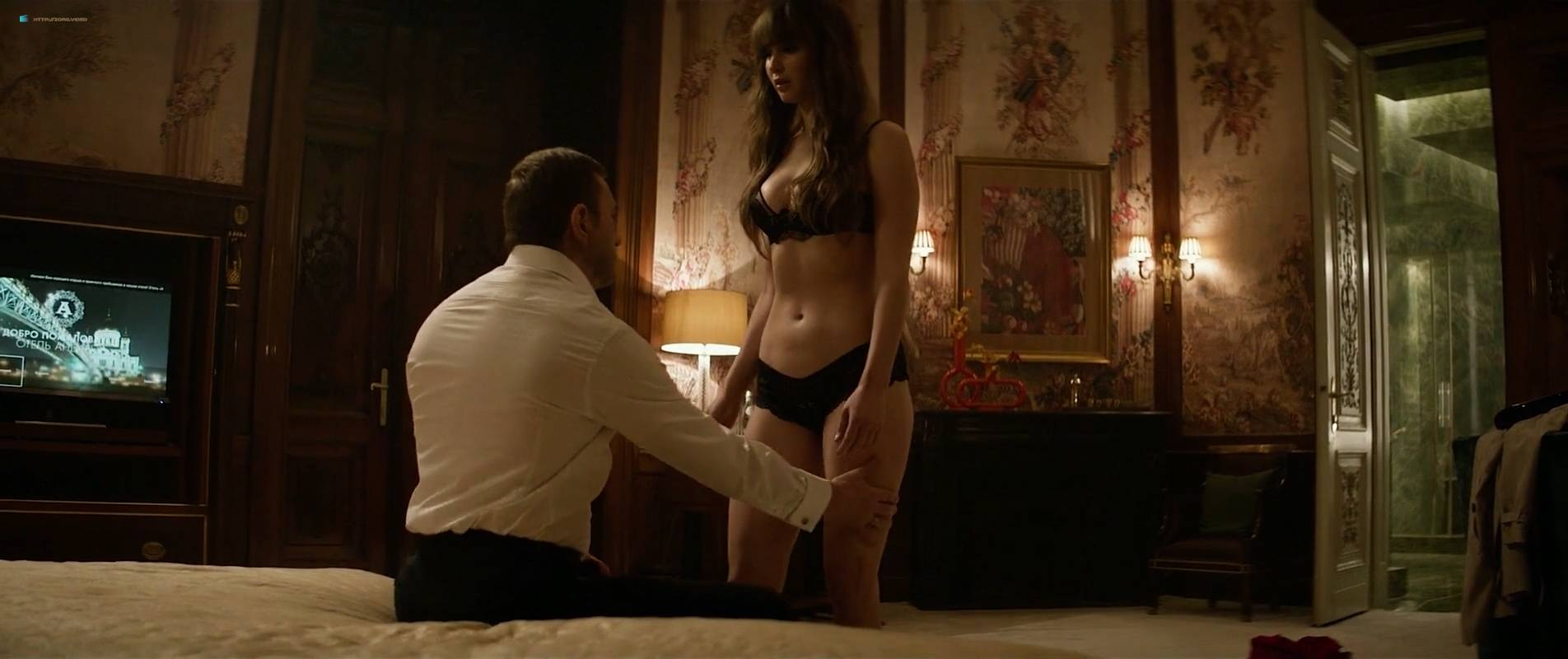 Jennifer-Lawrence-nude-topless-and-butt-Red-Sparrow-2018-HD-1080p-Web-001.jpg