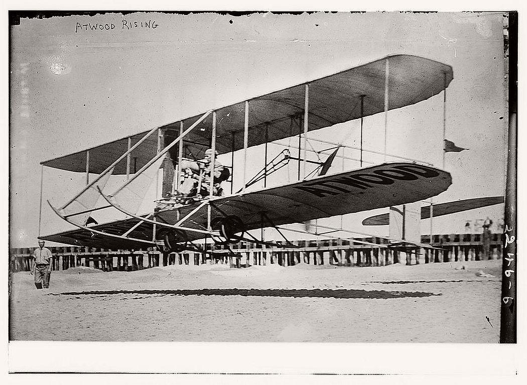 vintage-early-xx-century-flying-machines-06.jpg