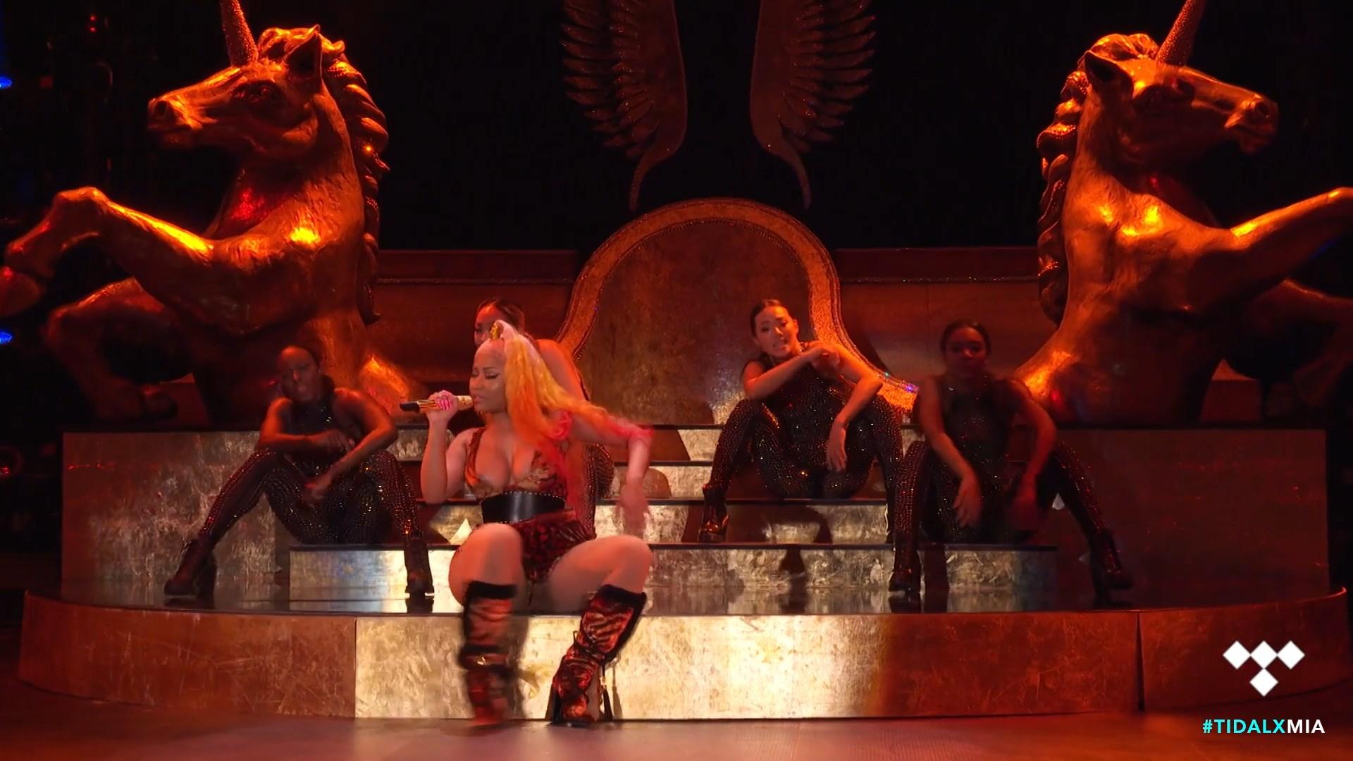Nicki-Minaj-Nude-TheFappeningBlog.com-28.jpg
