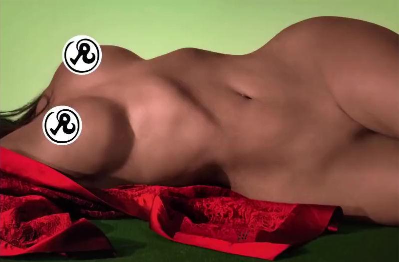0919211239166_06_Kim-Kardashian-Nude-Sexy-TheFappeningBlog.com-8.jpg