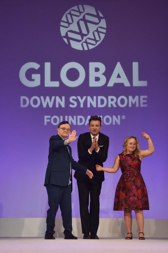 Jeremy+Renner+Global+Down+Syndrome+Foundation+d-ut7yrej_4x.jpg
