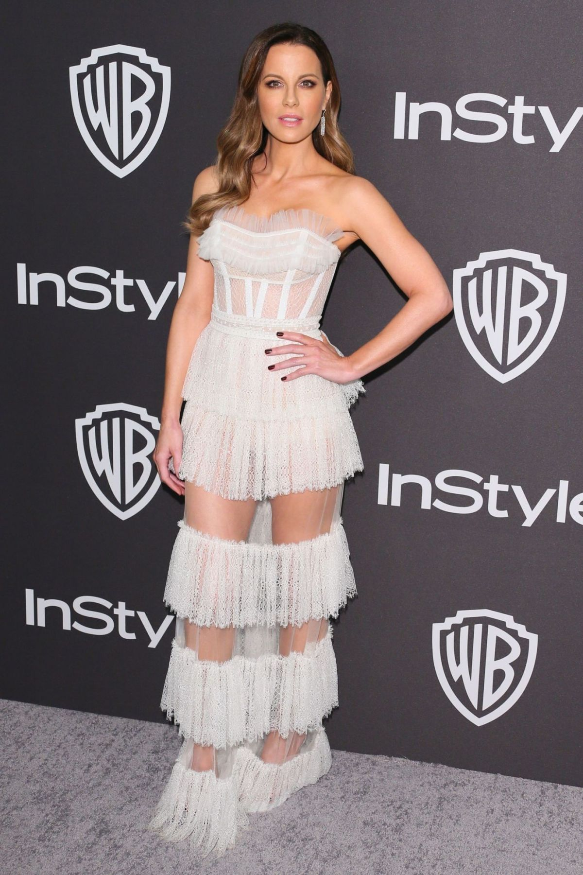 kate-beckinsale-at-instyle-and-warner-bros-golden-globe-awards-afterparty-in-beverly-hills-01-06-2019-2.jpg