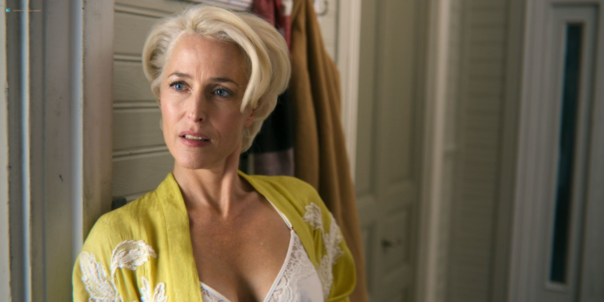 0013033650732_05_Tanya-Reynolds-nude-topless-Gillian-Anderson-hot-Sex-Education-2018-s1e3-HD-1080p-05.jpg