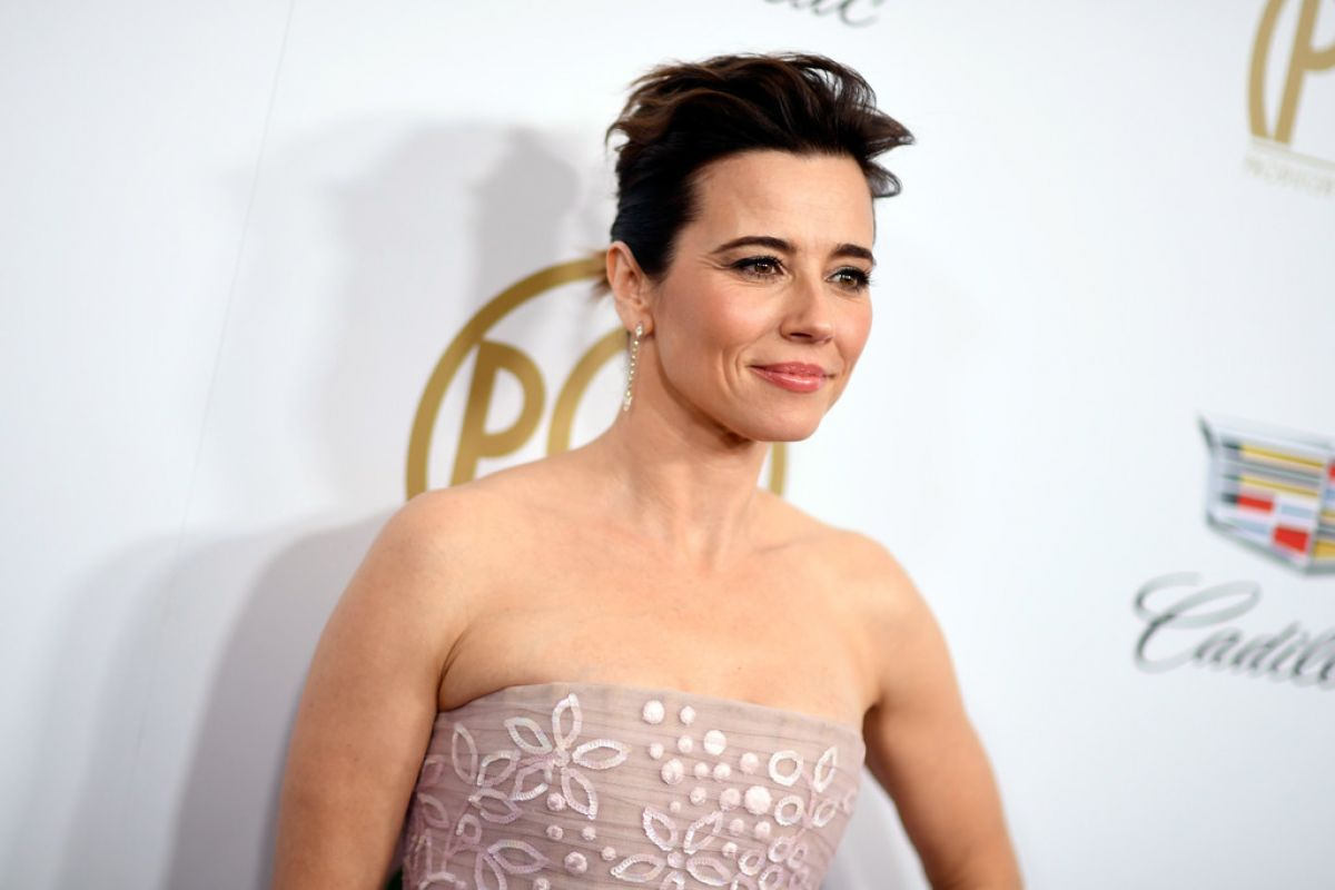 linda-cardellini-at-2019-producers-guild-awards-in-beverly-hills-01-19-2019-1.jpg