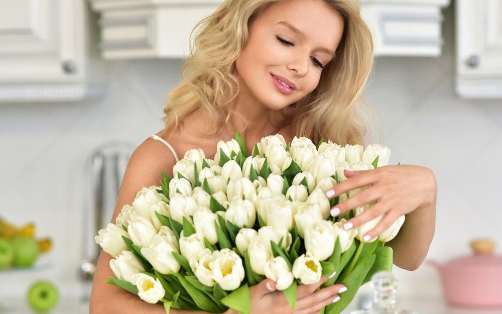 Мистика женского имени и цветы – салон