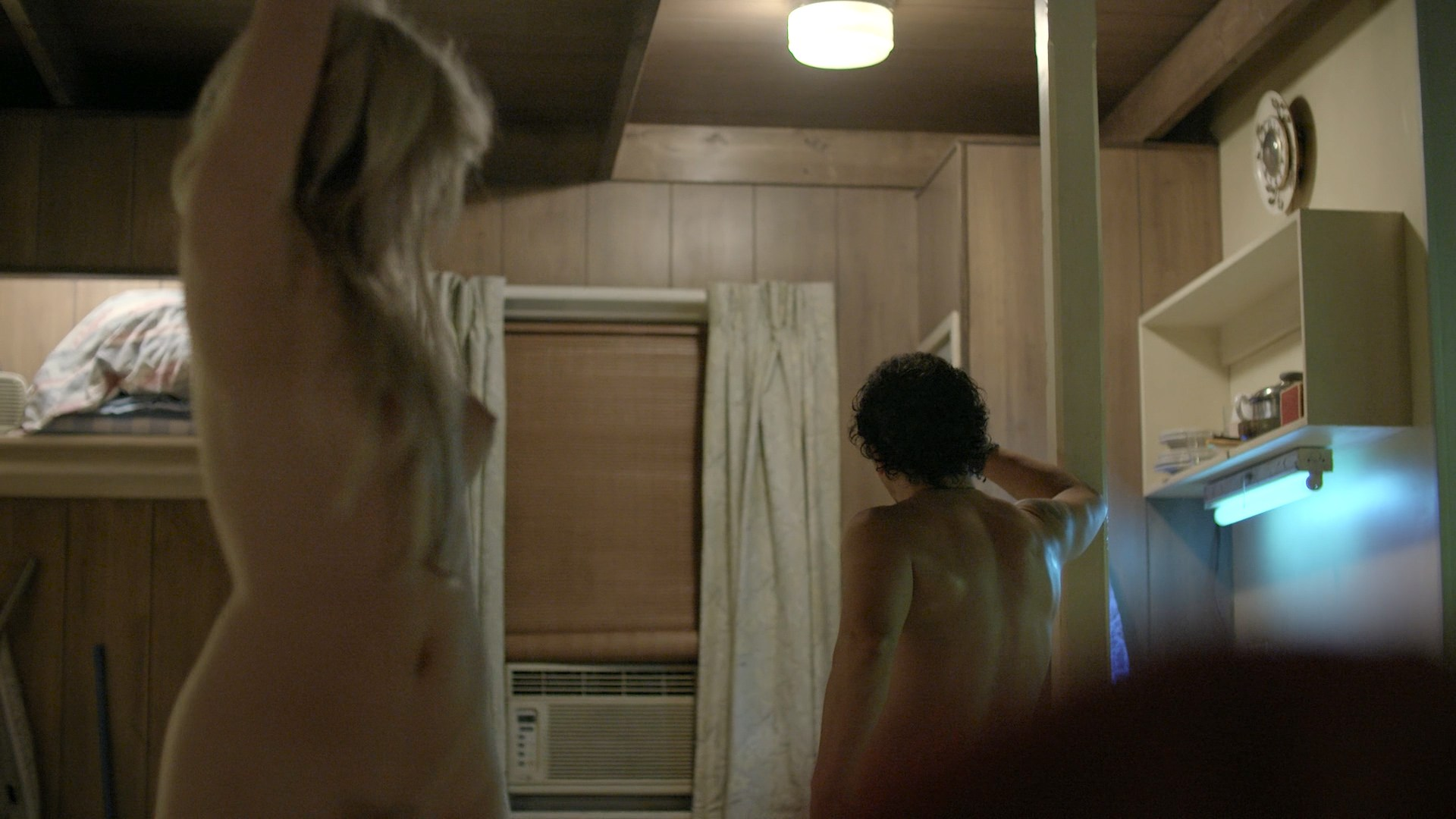 0025163910578_11_Andrea-Riseborough-nude-bush-butt-and-boobs-Bloodline-2016-s2e5-HD-720-1080p-Web10.jpg