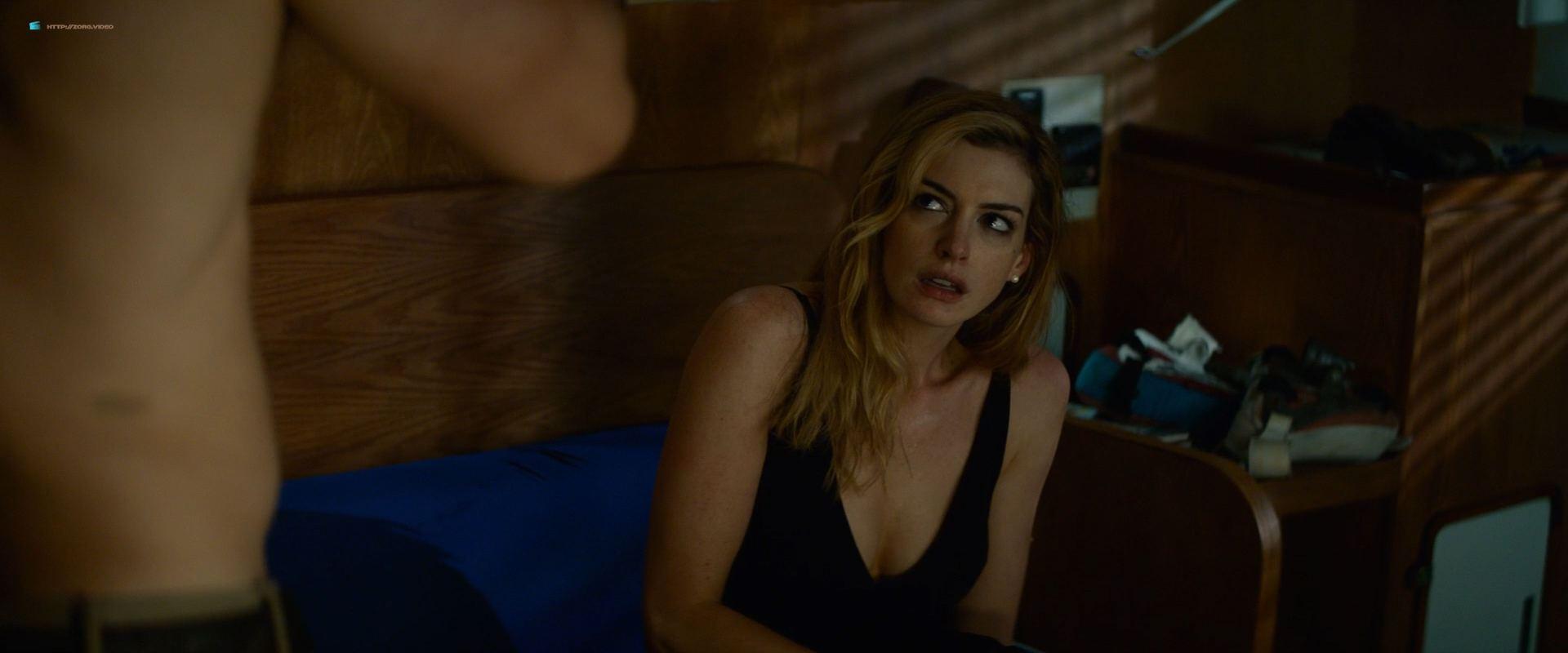 0201153347964_03_Anne-Hathaway-hot-in-sex-scene-Serenity-2019-HD-1080p-BluRay-00013.jpg
