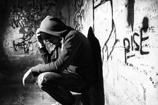 По каким признакам распознать наркомана