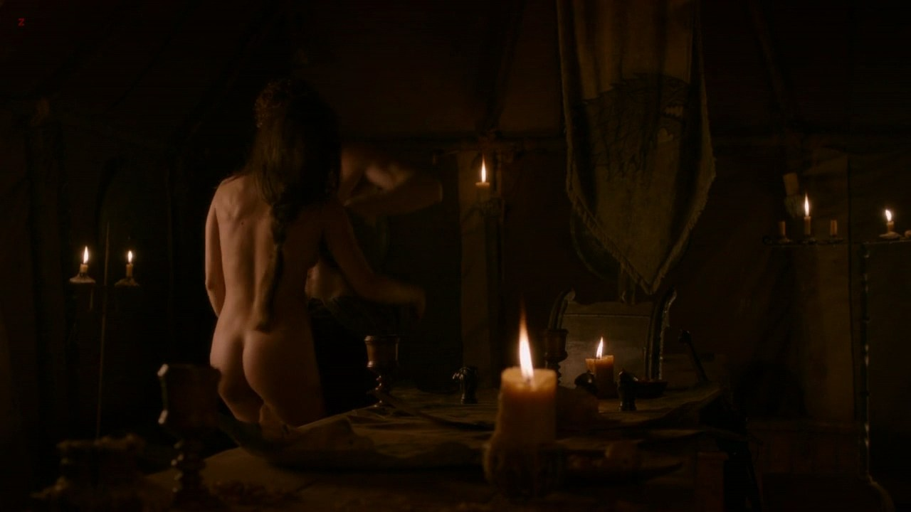 0313180906988_04_Oona-Chaplin-all-naked-and-sex-Game-of-Thrones-s2e8-hd720p4.jpg