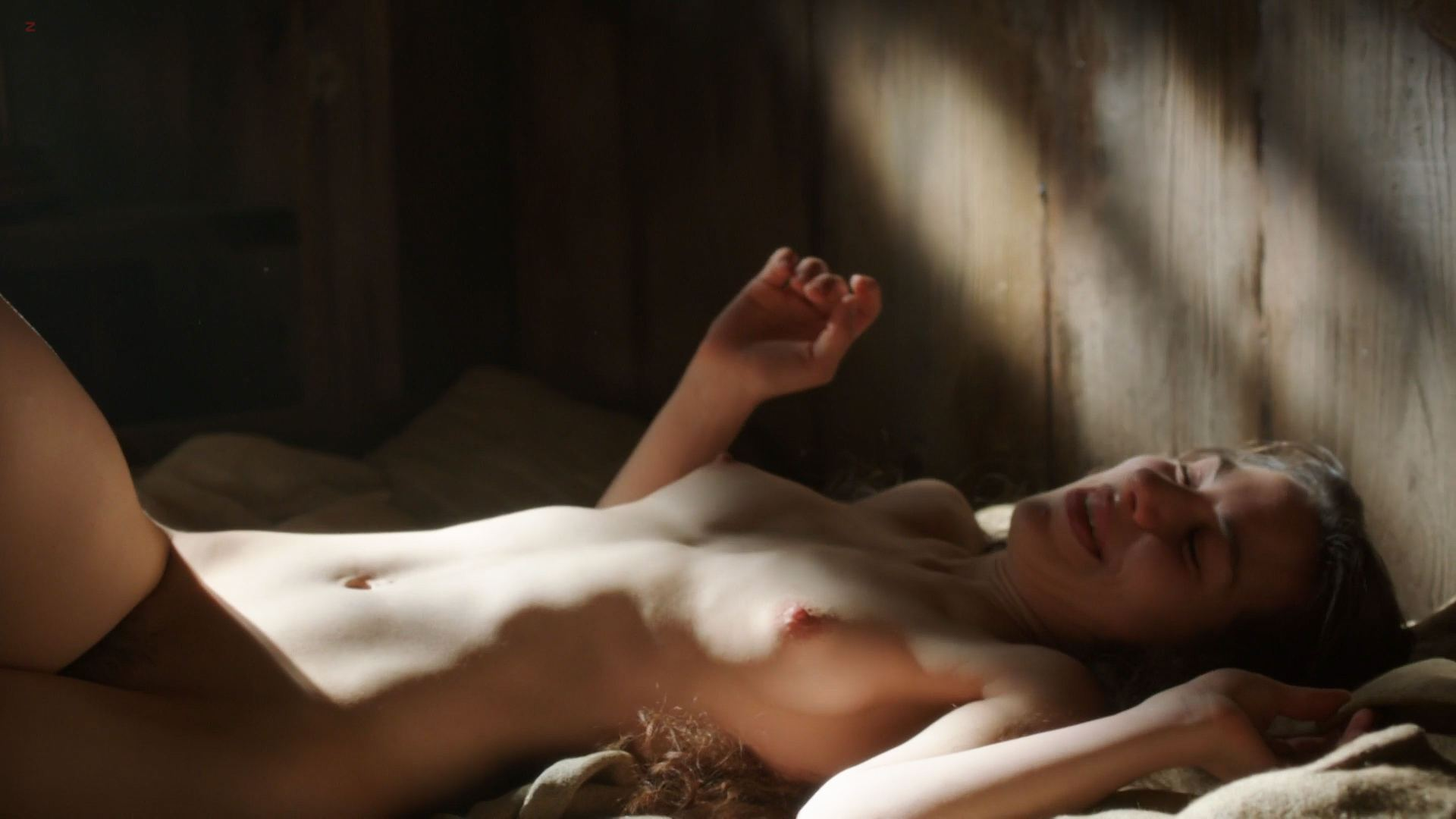 0313175853666_06_Carice-van-Houten-nude-bush-Sahara-Knite-and-Amy-Dawson-nude-sex-Game-Of-Thrones-2012-s2e2-HD-1080p-000.jpg