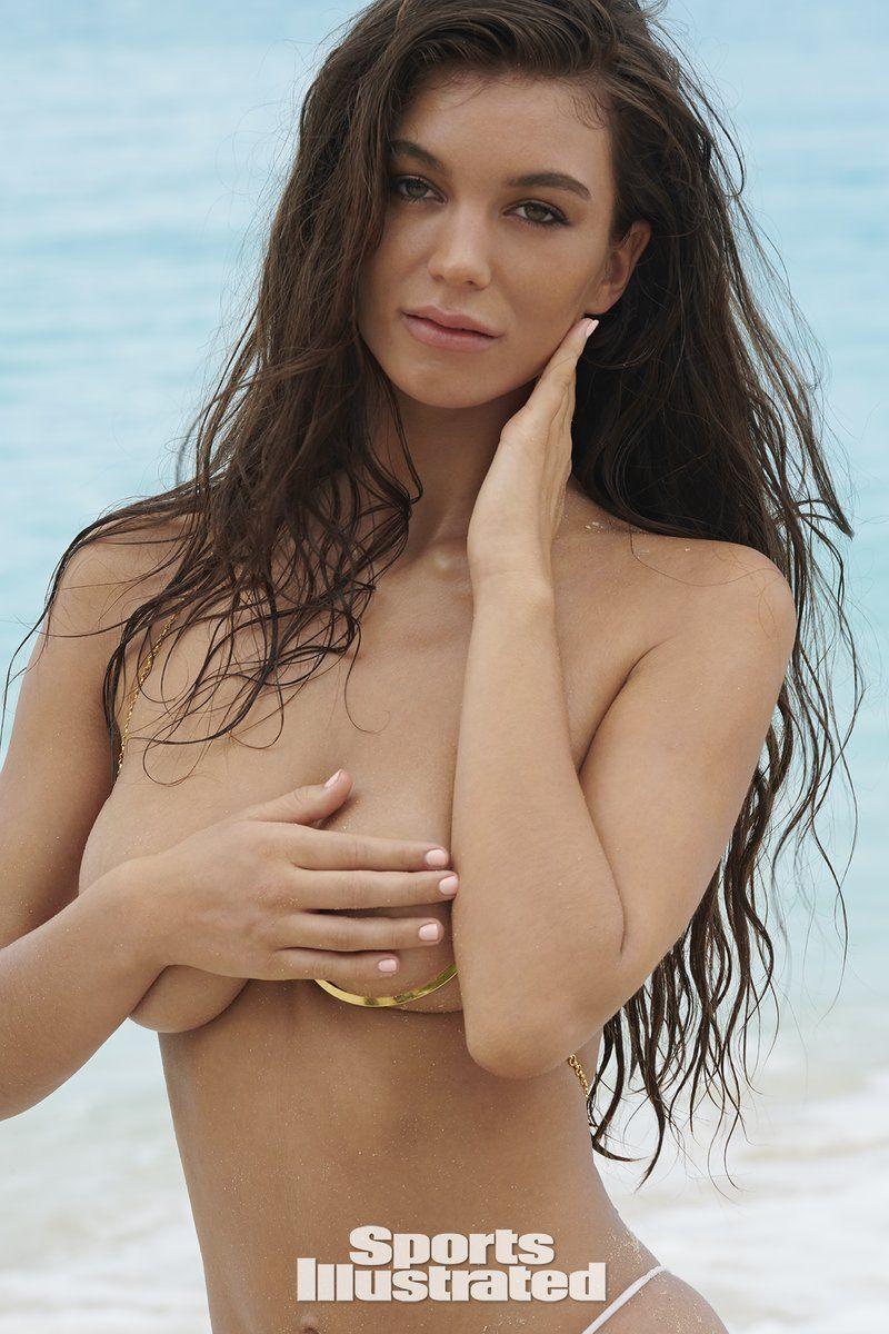 0409085841114_00_Erin-Willerton-Nude-Sexy-TheFappeningBlog.com-1.jpg