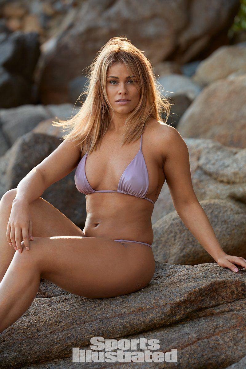 0409070529440_21_Paige-VanZant-Nude-Sexy-TheFappeningBlog.com-22.jpg