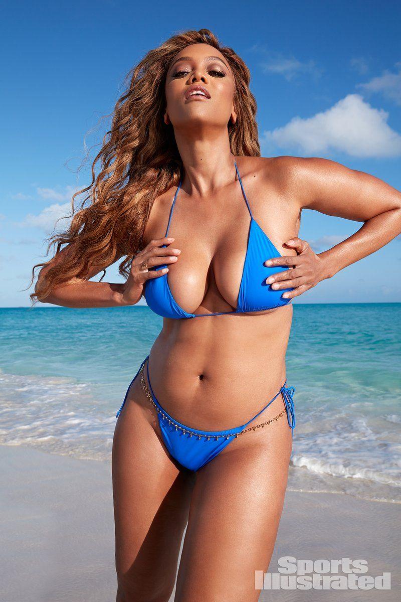 0409070409202_13_Tyra-Banks-Nude-Sexy-TheFappeningBlog.com-14.jpg