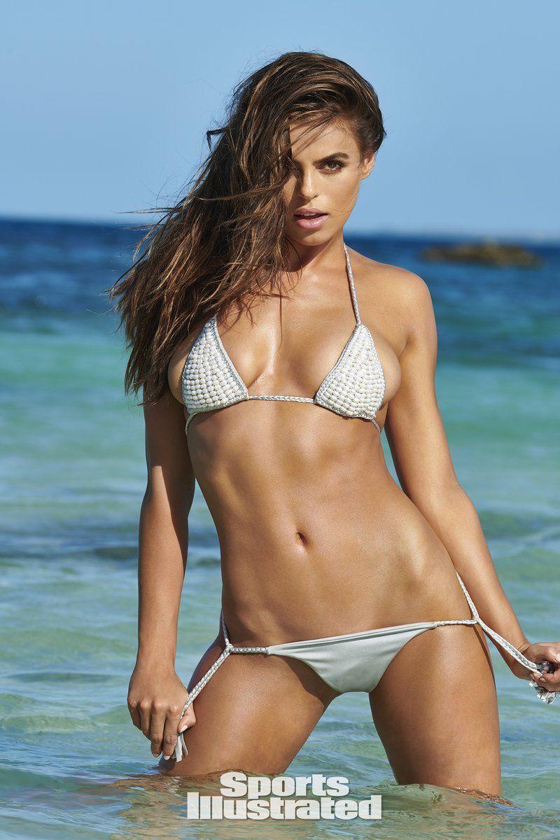 0409085822990_05_Brooks-Nader-Nude-Sexy-TheFappeningBlog.com-6.jpg