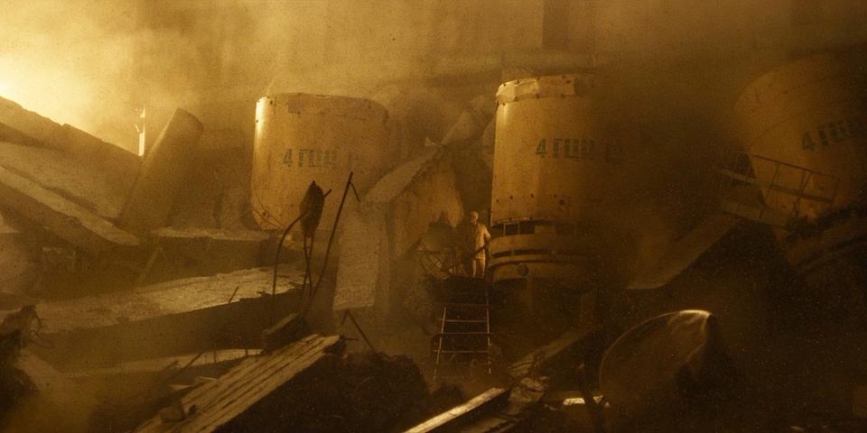 01_Chernobyl.(2019).WEB-DLRip-AVC.[-=DoMiNo=-].mkv_20190510_200542.093.png