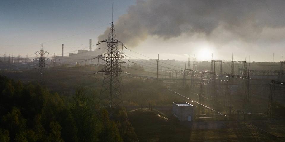 01_Chernobyl.(2019).WEB-DLRip-AVC.[-=DoMiNo=-].mkv_20190510_200824.189.png